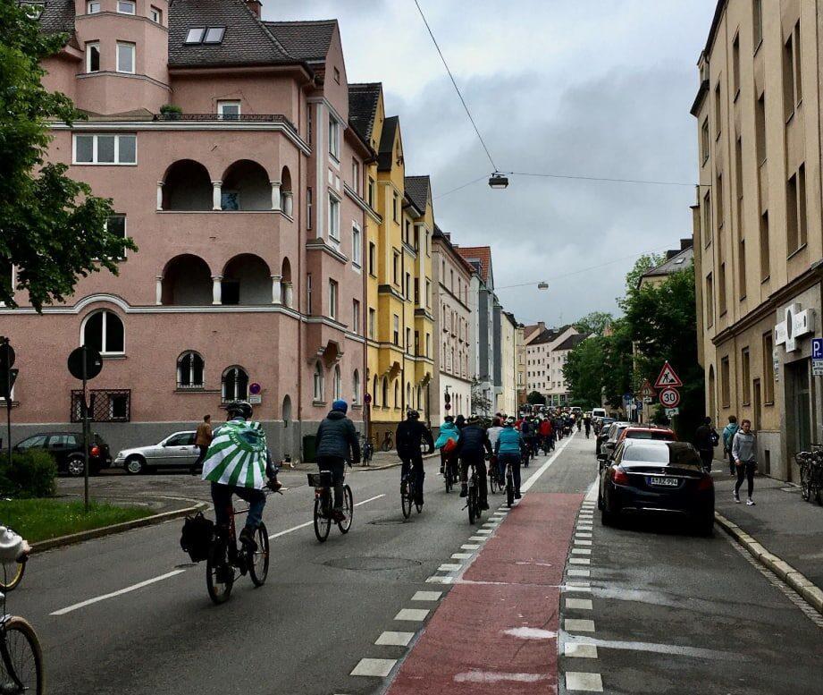 Kurzer Bericht zur Fahrraddemo am Sonntag